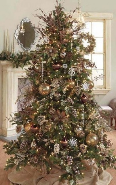 beautiful christmas tree inspiration style theories. Black Bedroom Furniture Sets. Home Design Ideas