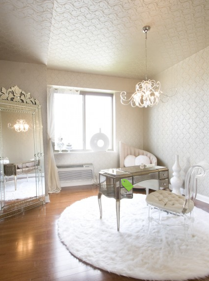 Office space style theories for Feminine home office
