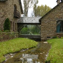 96e14f8301473ffe_0495-w260-h260-b0-p0--traditional-landscape